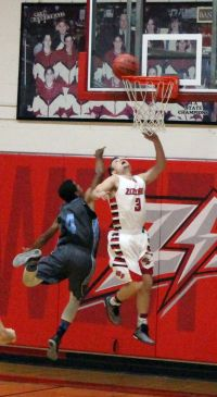 West Plains' Zach Flippin (#3) (Photo courtesy WPHS)