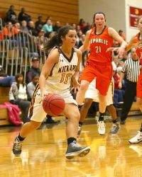 Kickapoo's Jordyn Danzer (Photo courtesy of LadyChiefs.com)